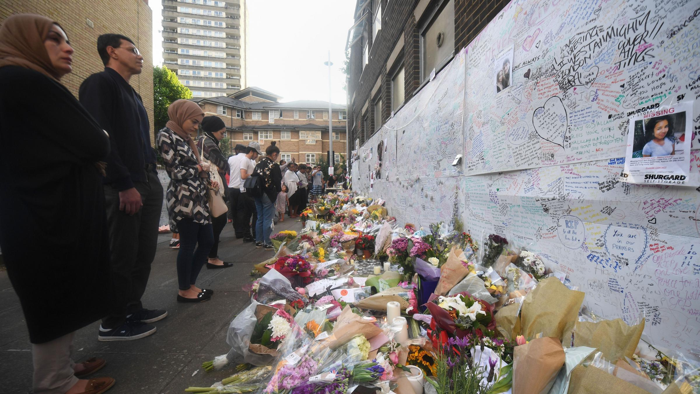 Minute's silence held for Grenfell Tower victims